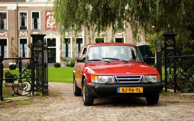Saab 900 2deur Sedan. Een geschiedenis die terug gaat naar de vliegtuigbouw.