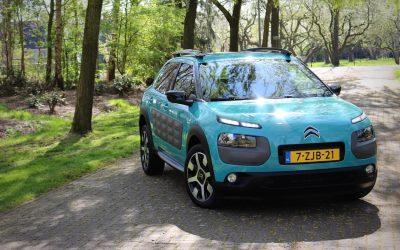 € 10.990,- Citroën C4 Cactus